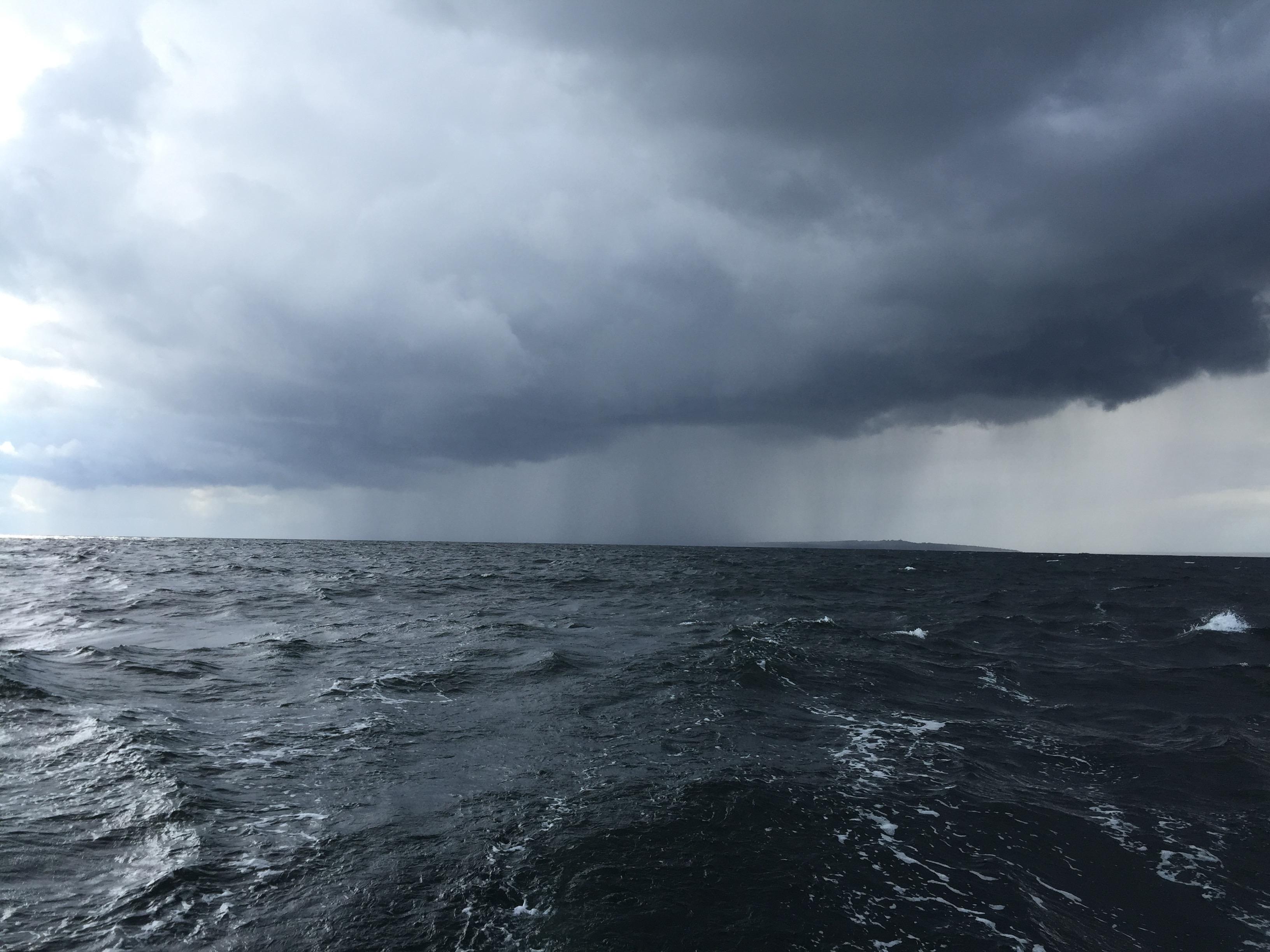Regn och vind från Hanö