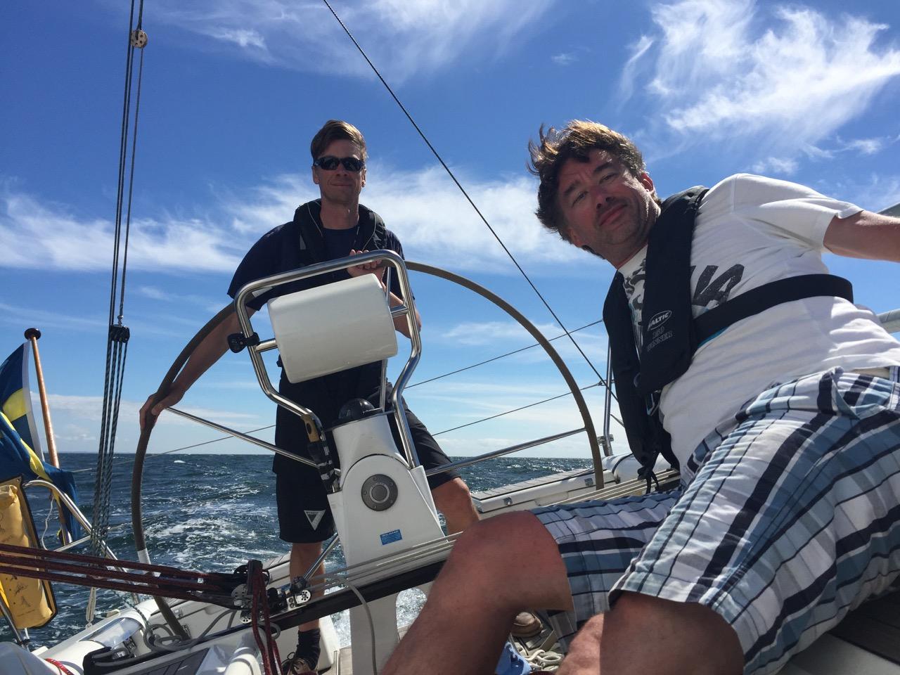 Magnus och Rickard i cruising speed